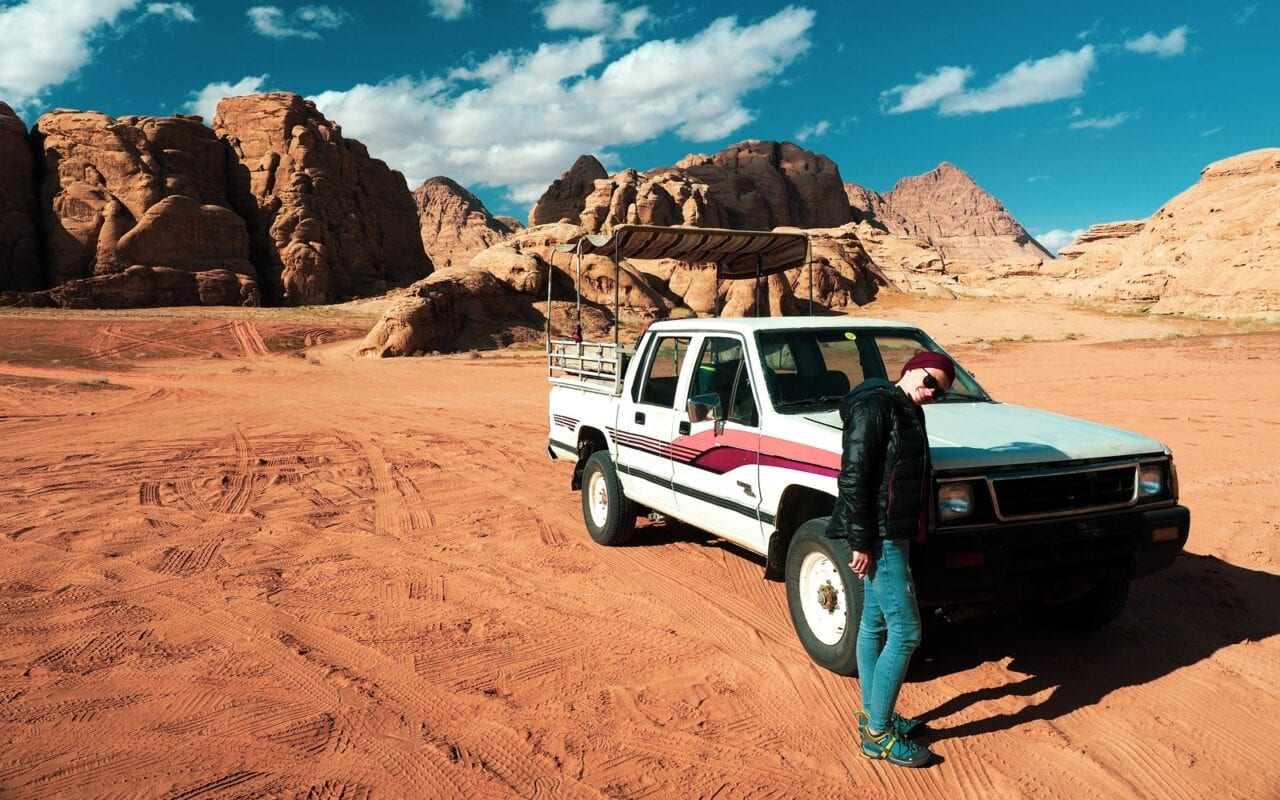 Jeepem dookoła Wadi Rum