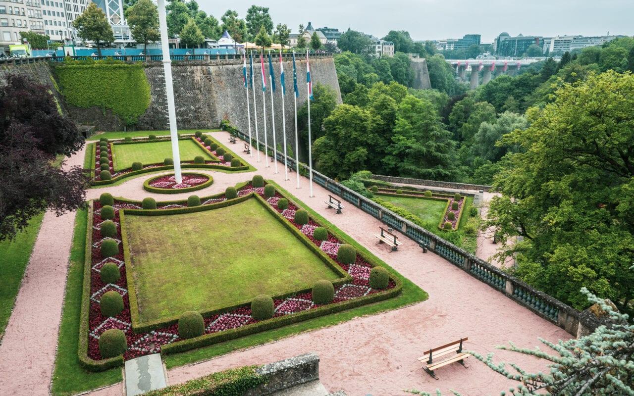miasto Luksemburg plac na starym miescie