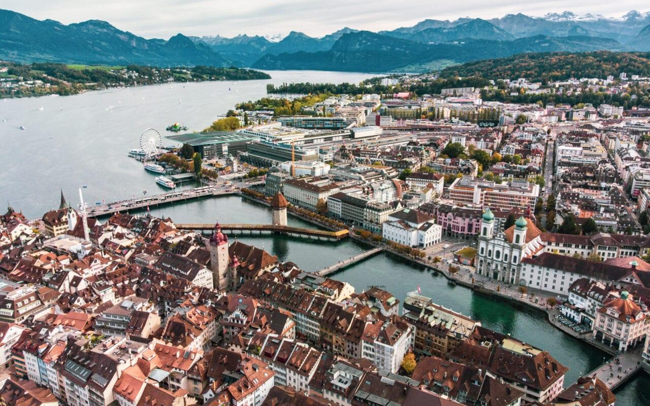 co-zobaczyć-w-szwajcarii-lucerna-panorama-miasta