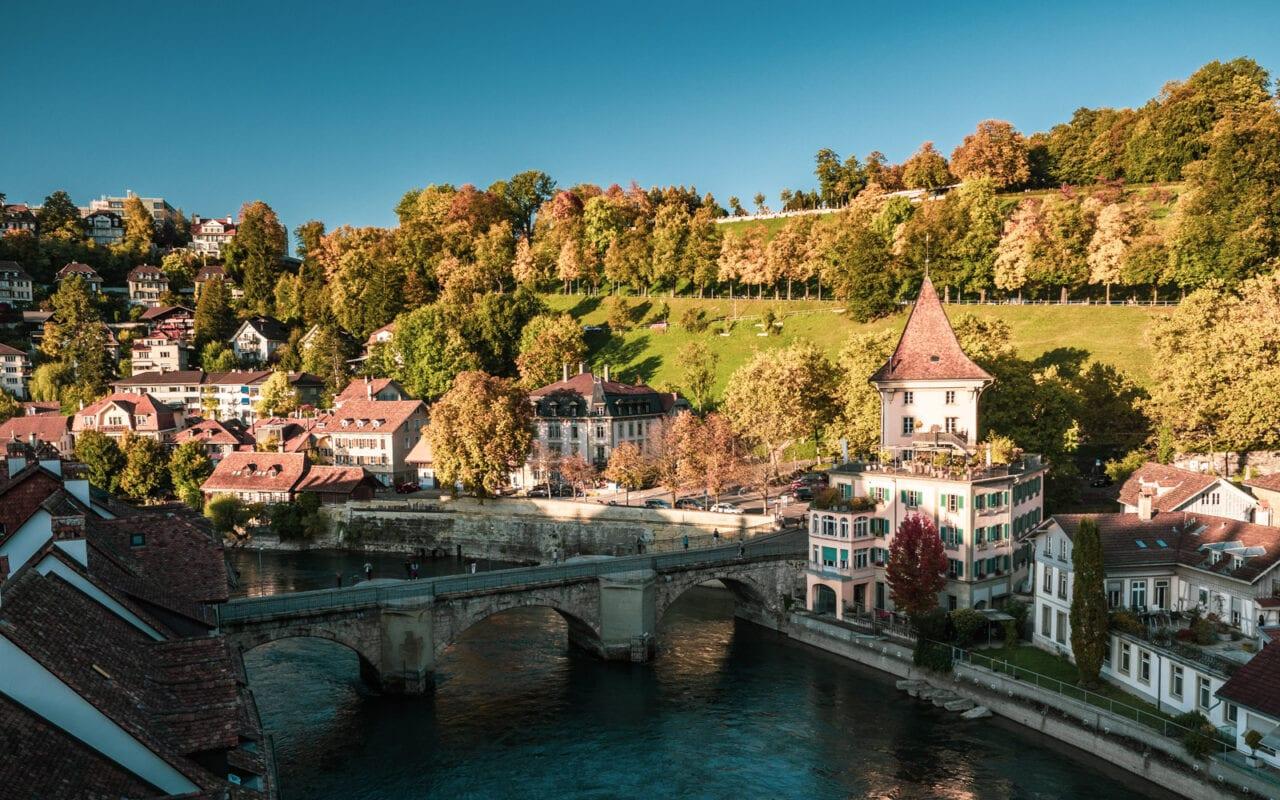 co-zobaczyć-w-szwajcarii-berno-jesienia