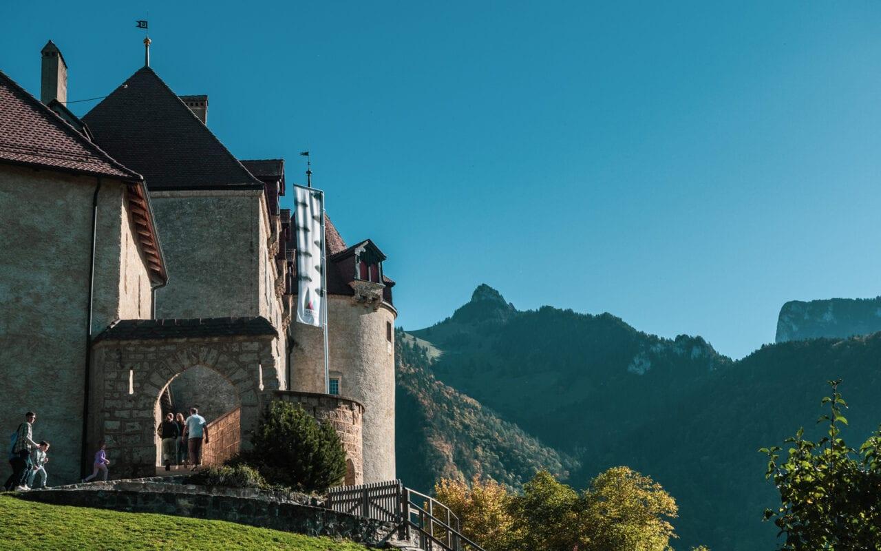 atrakcje-szwajcarii-szwajcaria-zamek-w-gruyeres