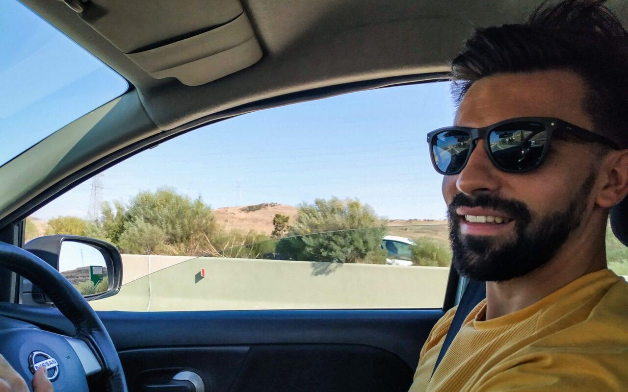 cypr-północny-jazda-autem