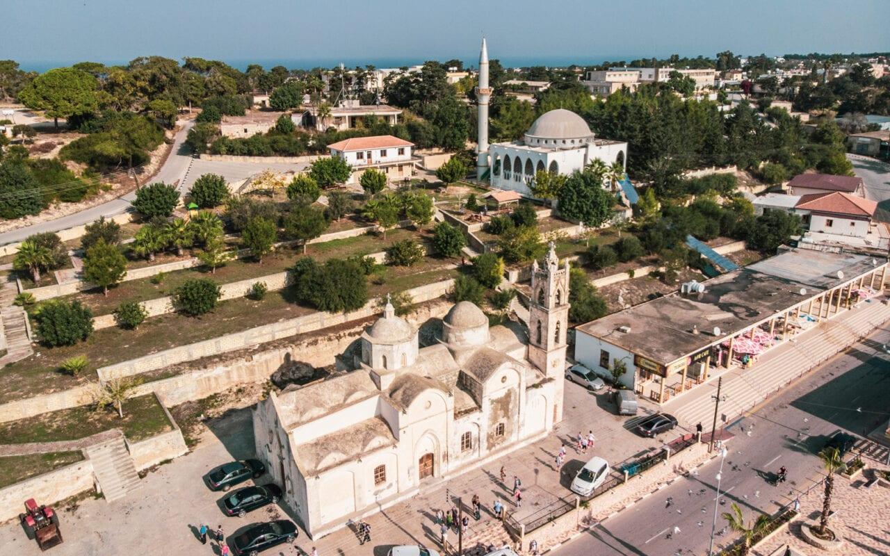 dipkarpaz-meczet-kosciol