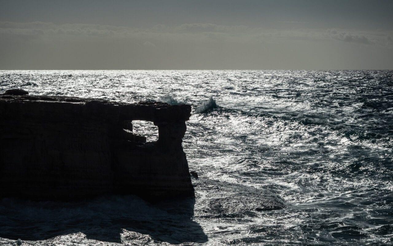 cypr-jaskinia-cyklopa