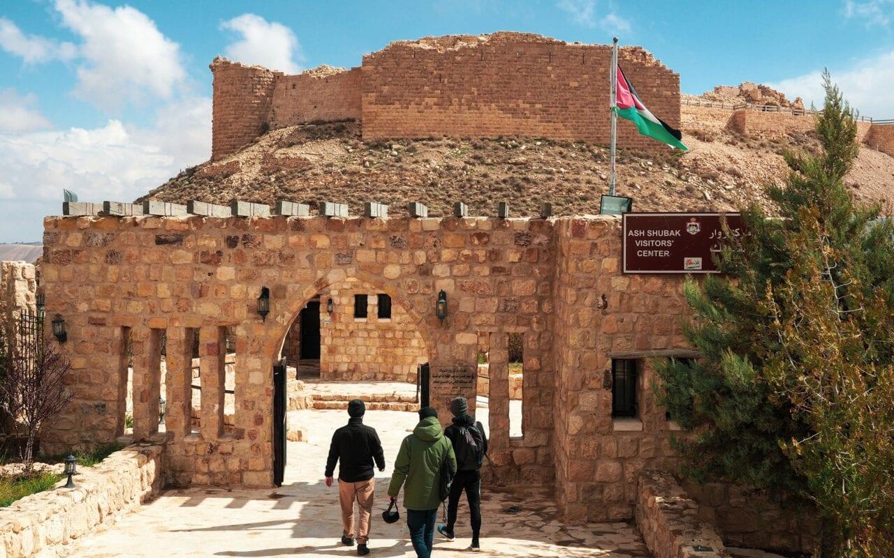 zamki-w-jordanii-shobak-wejscie-do-zamku