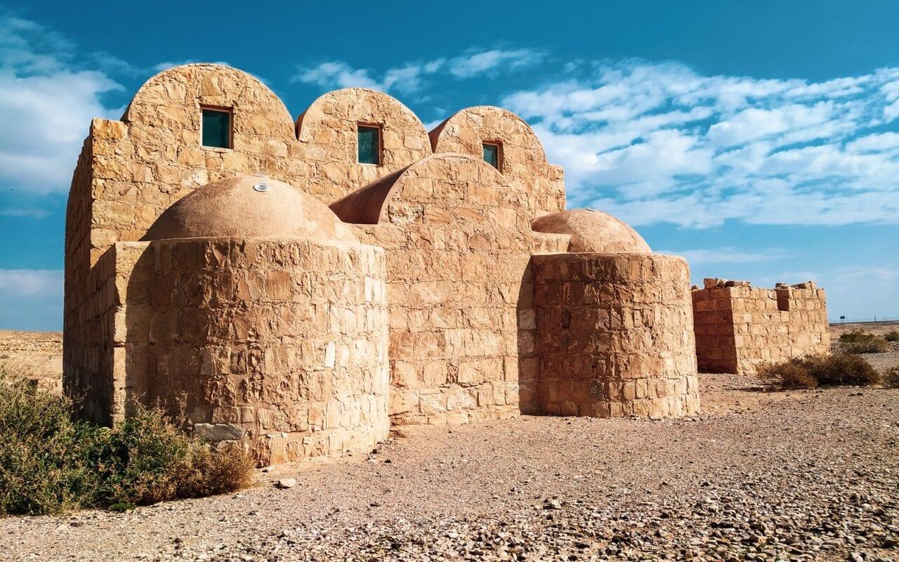 zamki-w-jordanii-zamki-pustynne