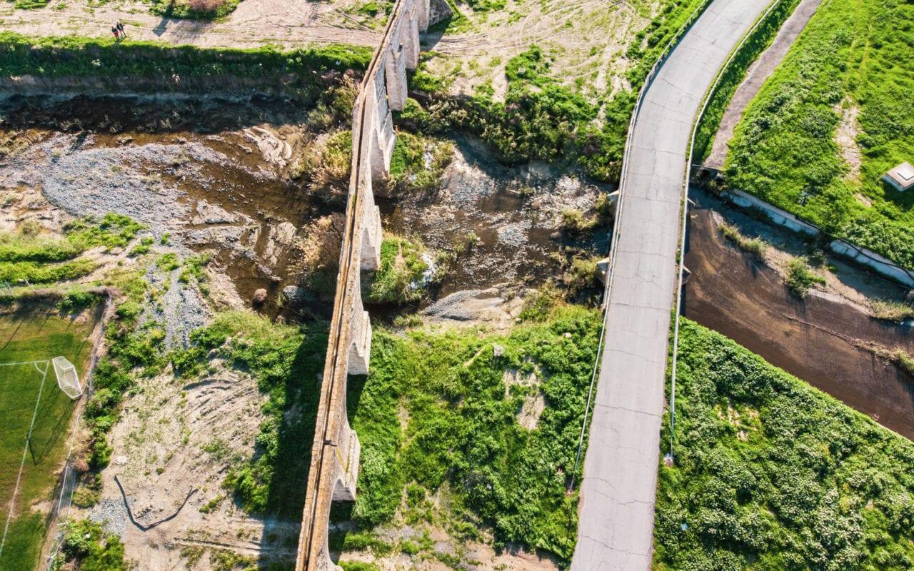 zwiedzanie-cypru-akwedukt