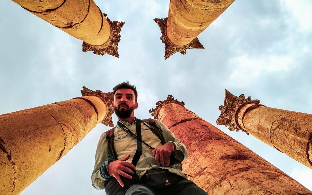 zwiedzanie-jordanii-kolumny-jerash