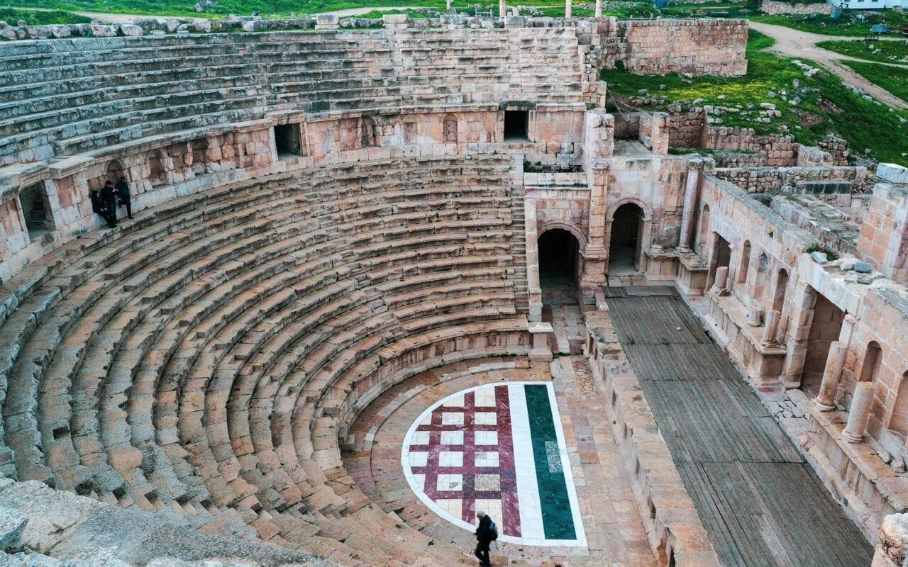 jerash-amfiteatr