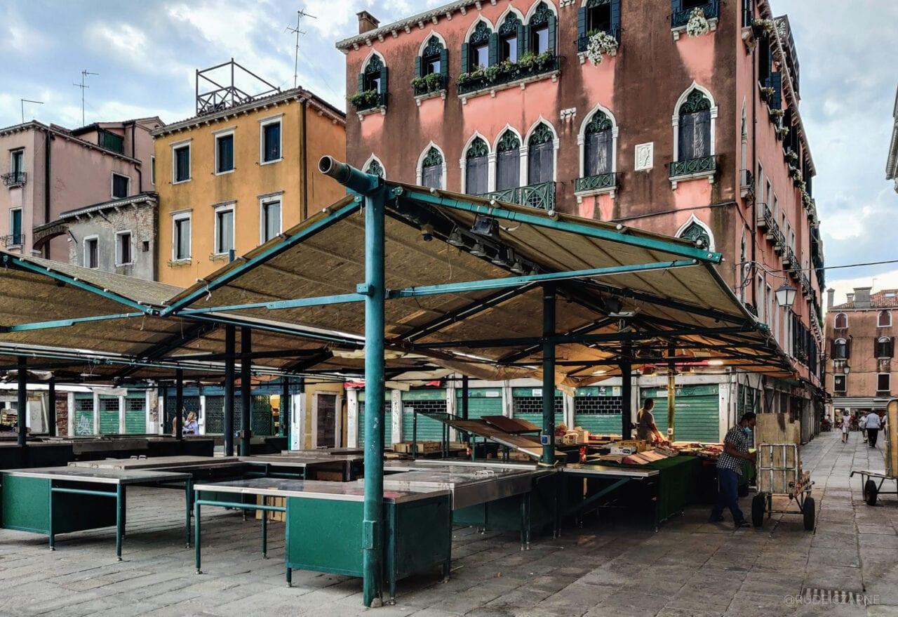 atrakcje-wenecji-market-rialto