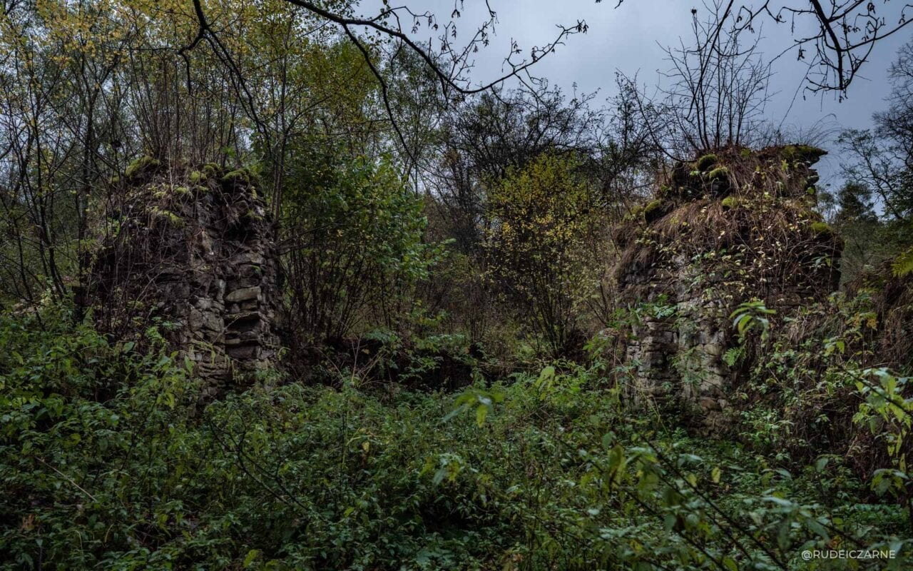 opuszczone-wioski-w-bieszczadach-37