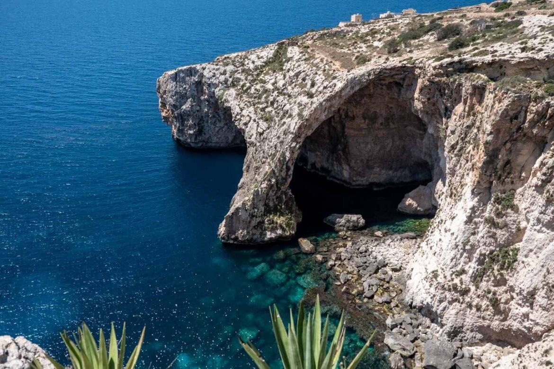 blue-grotto-tlo